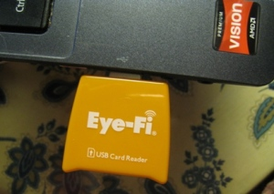 The Eye-Fi card reader plugs into the USB port on your computer