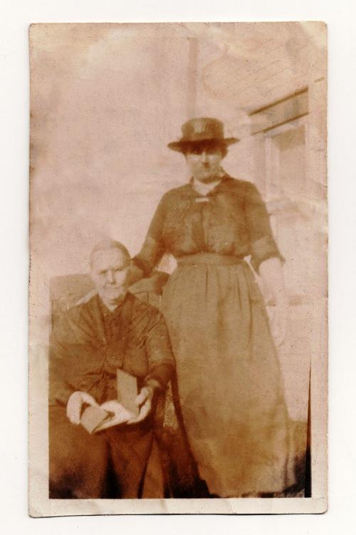 Sarah MacLean and daughter Alice