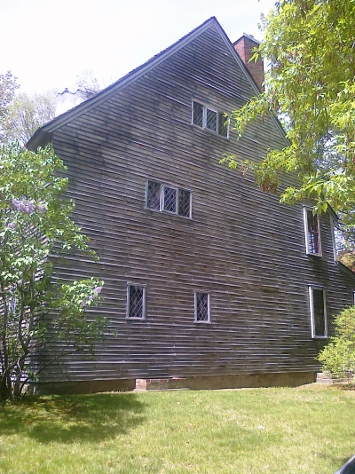 Eleazer Arnold House, side view