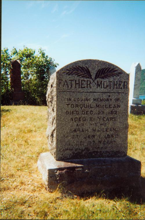 Headstone of Torquil and Sarah MacLean.