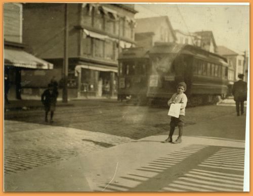 Peddling Bills, Atwells Ave., Providence, R.I. Location: Providence, Rhode Island. LC-DIG-nclc-03806 (color digital file from b&w original print)